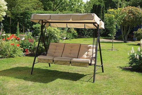 ogrodowa o konstrukcji metalowej, z daszkiem i poduszkami