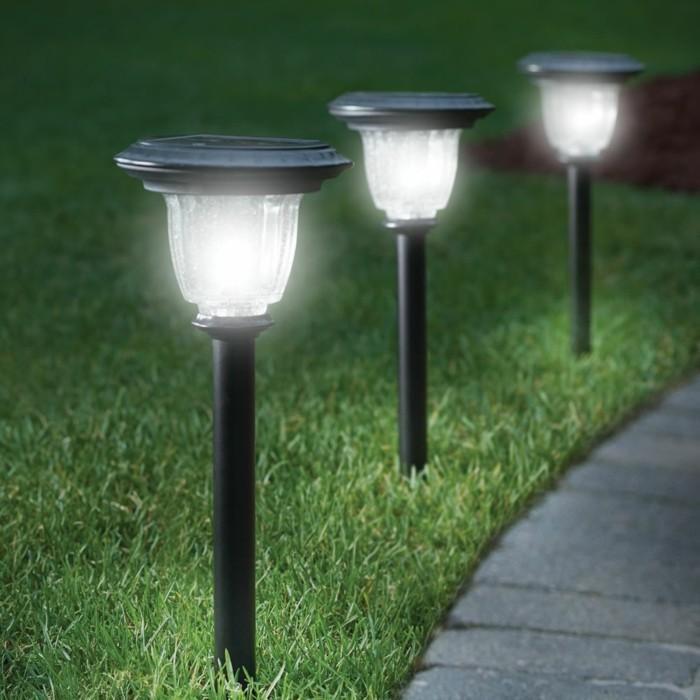 lampa ogrodowa nawierzchniowa stojąca
