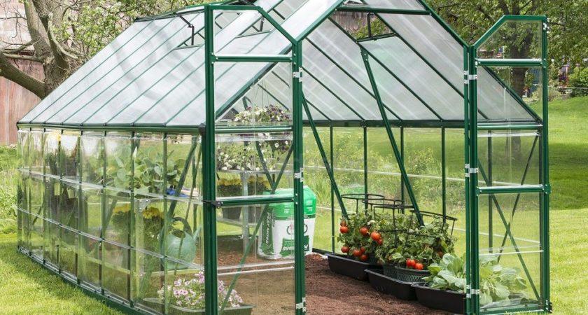 Szklarnia ogrodowa: doskonały sposób na przyspieszenie upraw