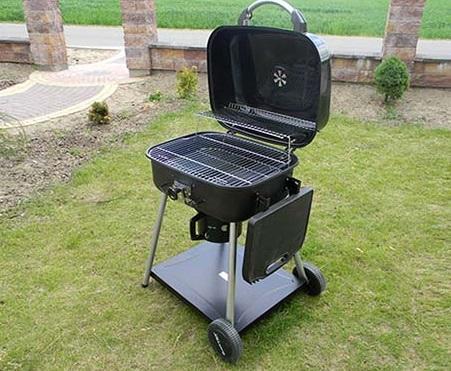Grill węglowy ogrodowy - najpopularniejszy ze wszystkich rodzajów grillów.