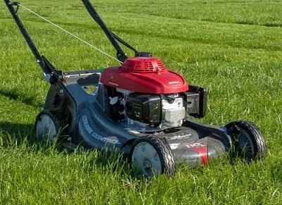 spalinowa kosiarka do trawy